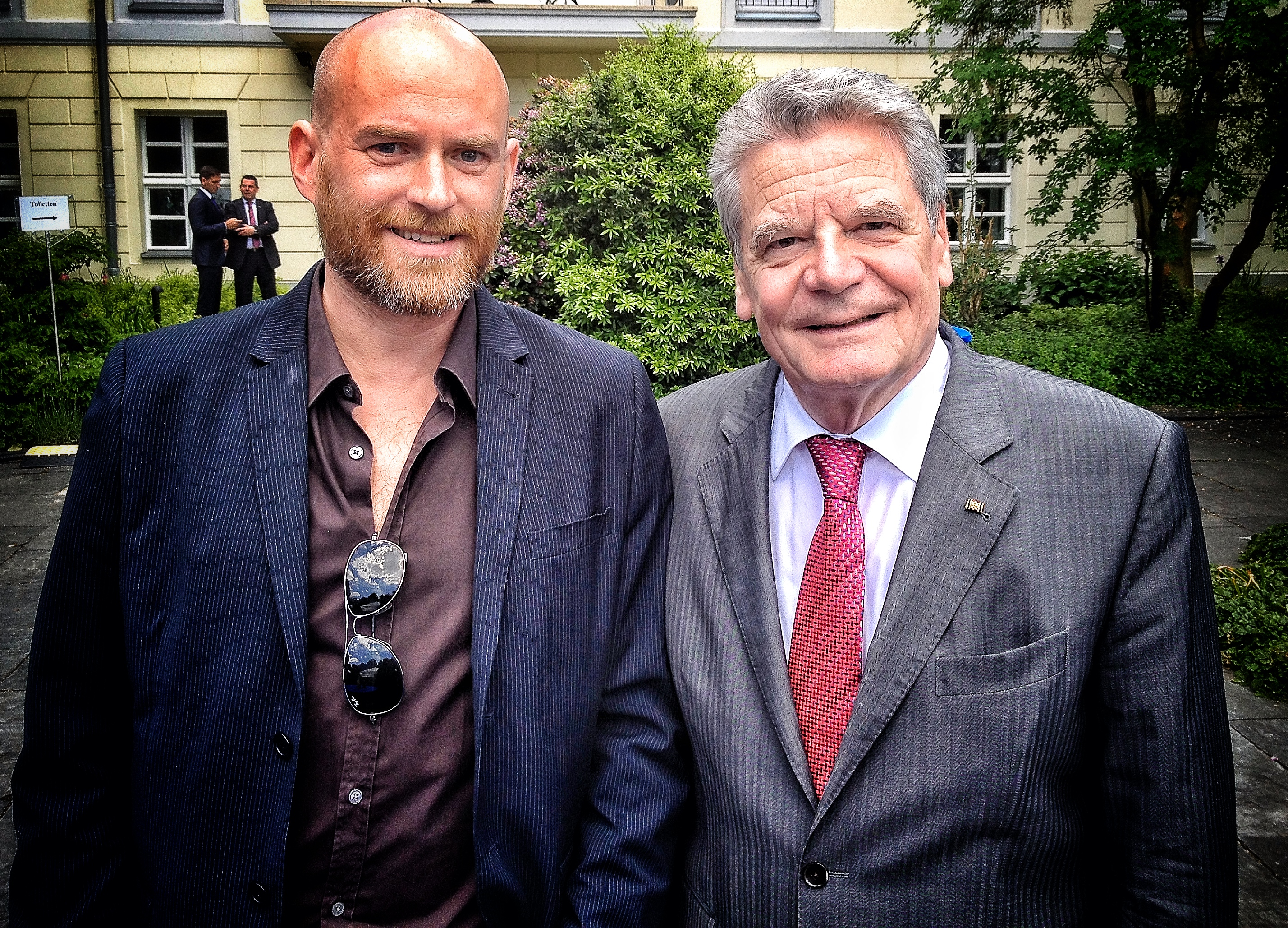 Joachim Gauck und Kinderbuchautor THiLO
