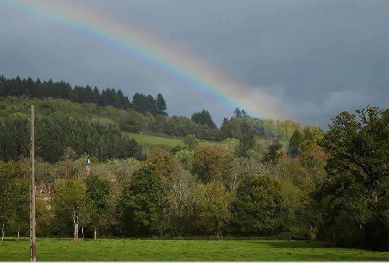 Eindrücke von THiLOs Schreibworkshops in Burgund: Regenbogen